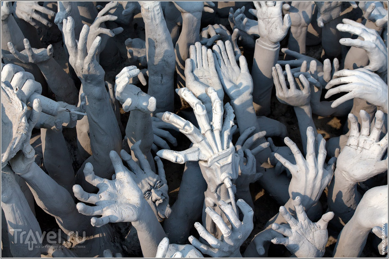 Некоторые руки явно принадлежат не людям / Фото из Таиланда