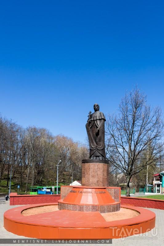 Памятник Евфросинии Полоцкой в Полоцке, Белоруссия / Фото из Белоруссии