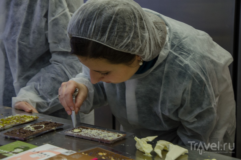 Ручное изготовление шоколада / Фото из Швейцарии