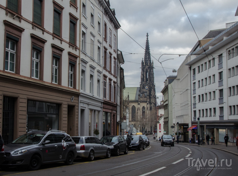 Вид на собор Святой Елизаветы в Базеле / Фото из Швейцарии