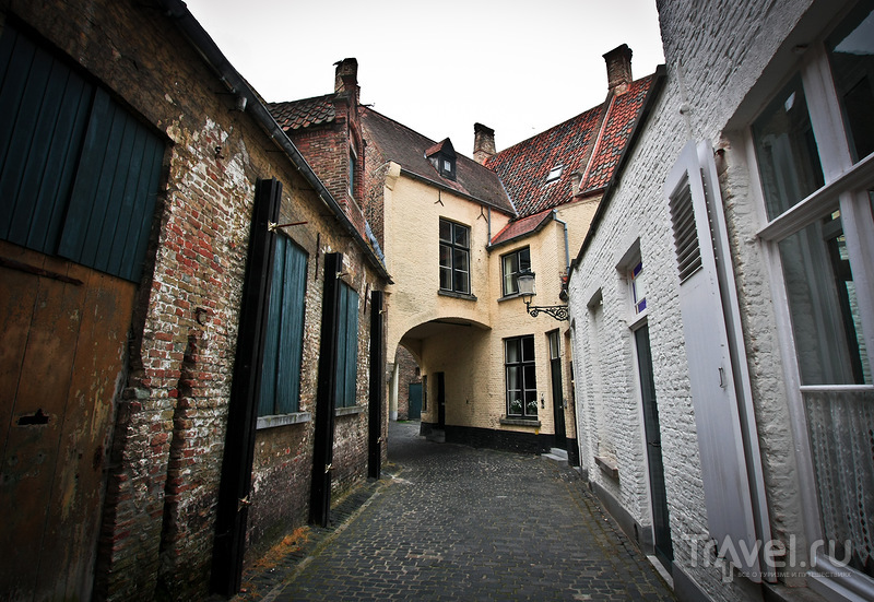 Улица Boterhuis в Брюгге, Бельгия / Фото из Бельгии