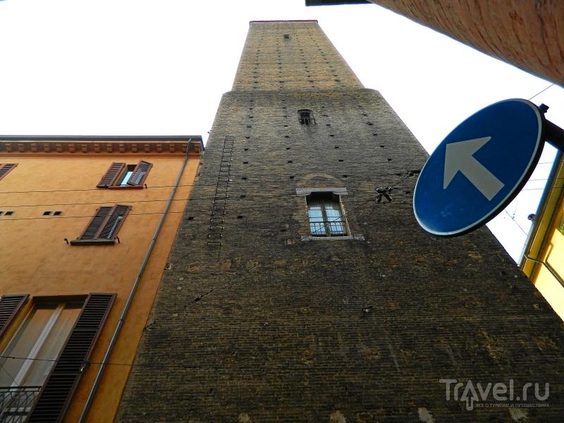 Башня Azzoguidi в Болонье, Италия / Фото из Италии