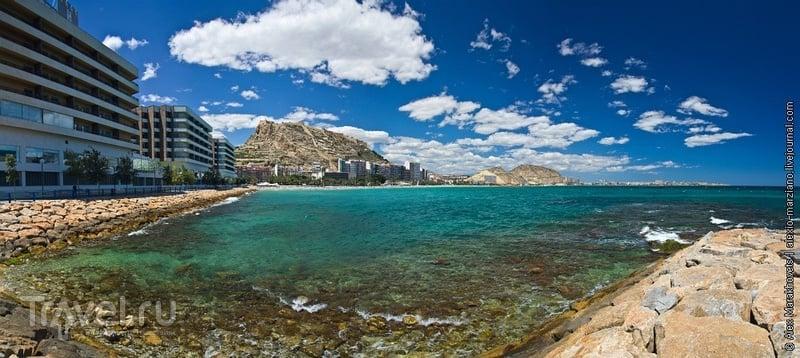 В городе Аликанте, Испания / Фото из Испании