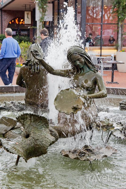Andrea's fountan на площади Джирарделли в Сан-Франциско, США / Фото из США