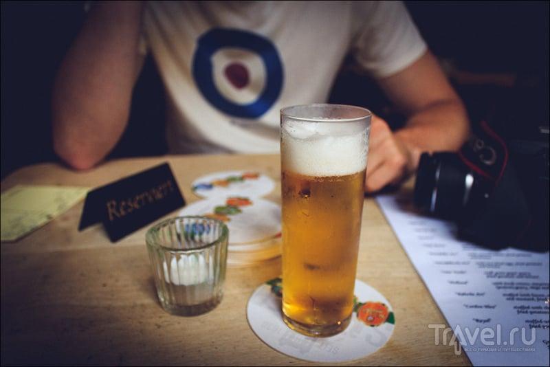 В ресторане Bei Oma Kleinmann в Кёльне, Германия / Фото из Германии