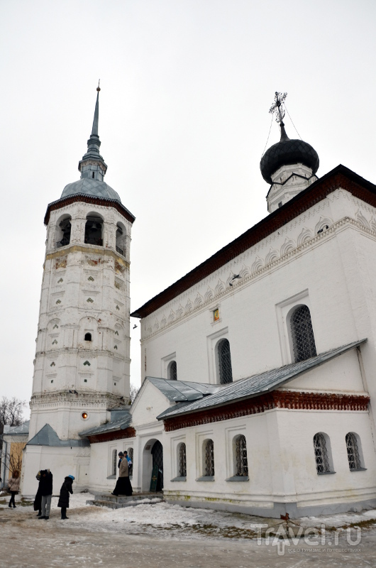 С колокольни Воскресенской церкви начала XVIII века открывается отличный вид на город / Фото из России