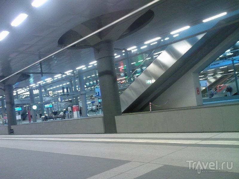 Главный берлинский железнодорожный вокзал (Berlin Hauptbahnhof), Германия / Германия