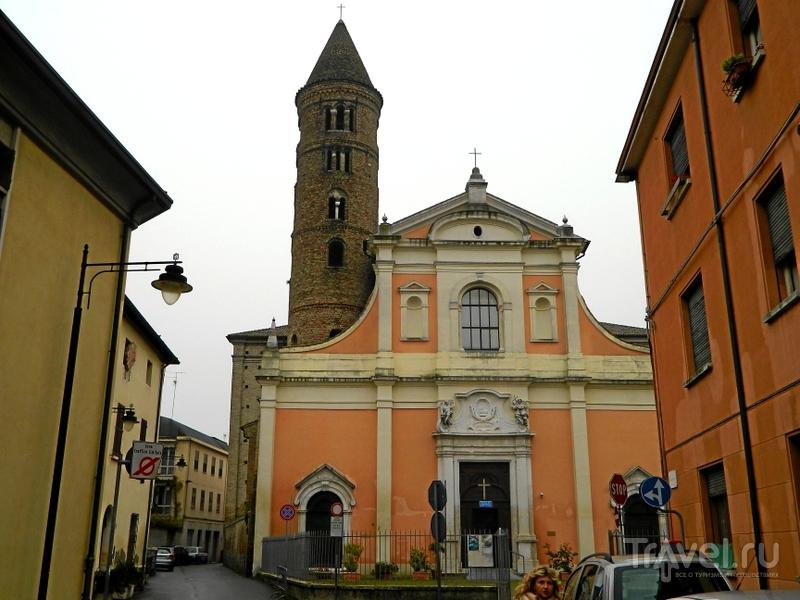 Церковь San Giovanni Battista в Равенне, Италия / Фото из Италии