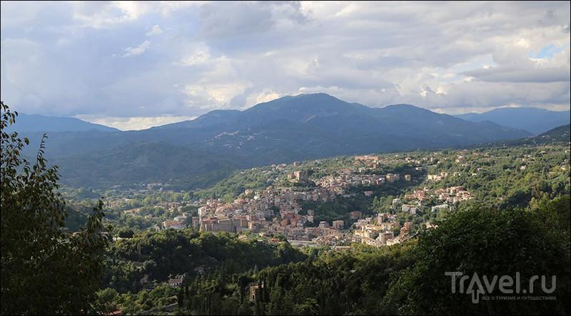 Город Субьяко, Италия / Фото из Италии