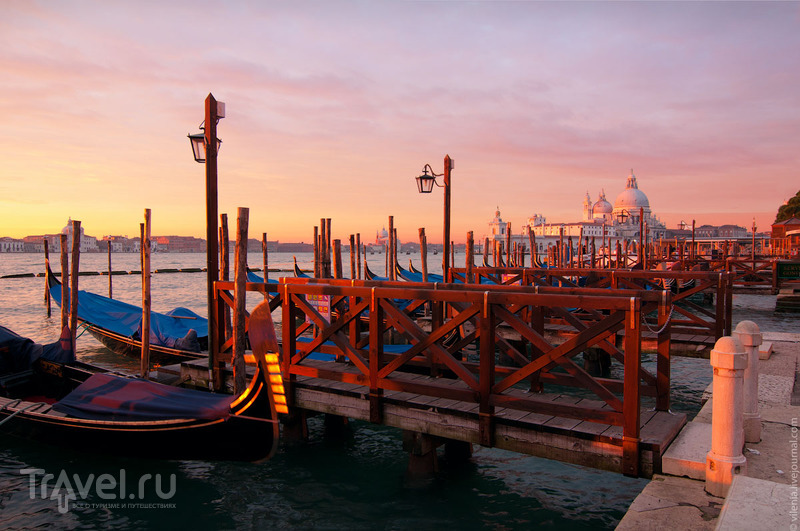 Церковь Санта-Мария делла Салюте в Венеции, Италия / Фото из Италии