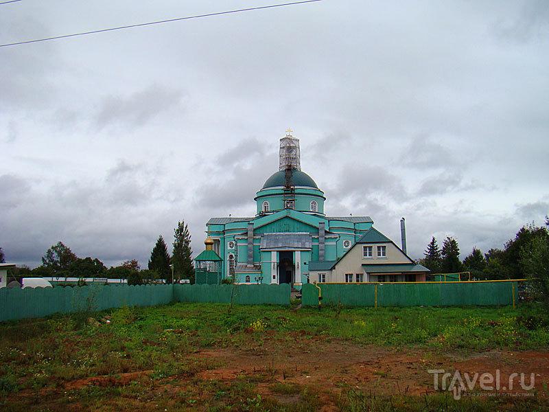 Храм Сергия Радонежского в селе Выездное, Россия / Фото из России