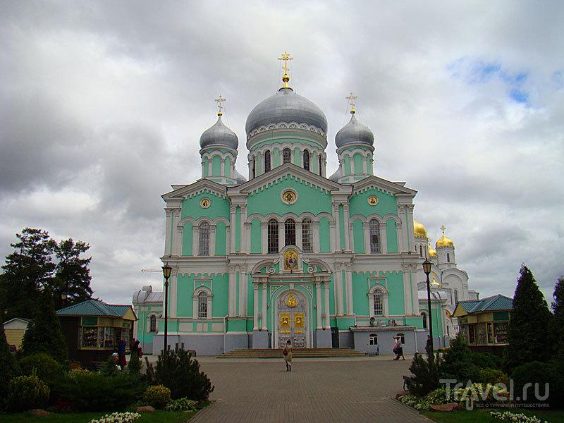 Троицкий собор в Дивеево, Россия / Фото из России