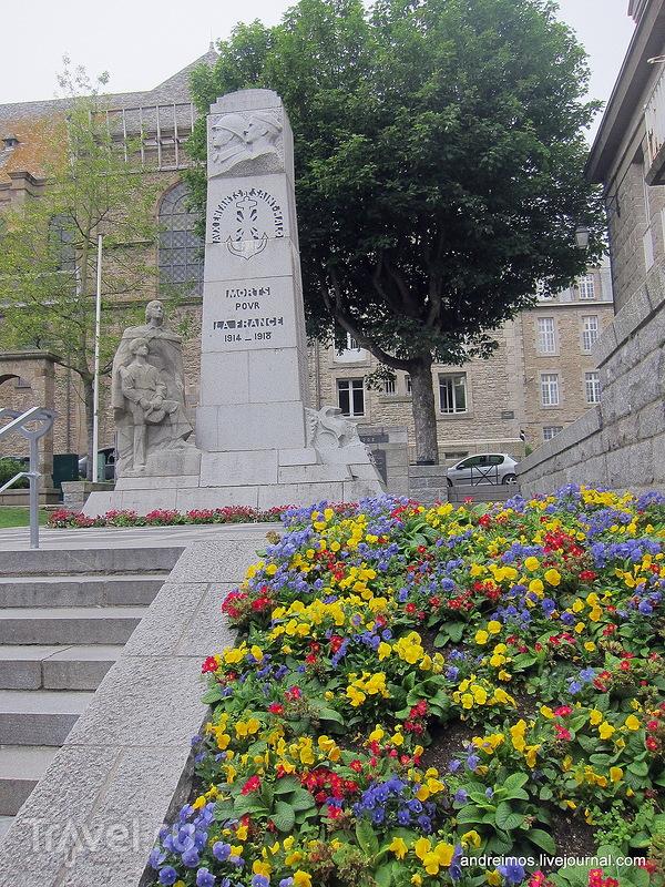 Погибшим за Францию (Morts pour la France) / Франция