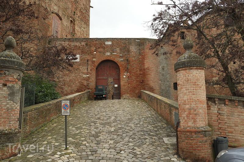 Сантарканджело-ди-Романья. Крепость Малатеста / Италия