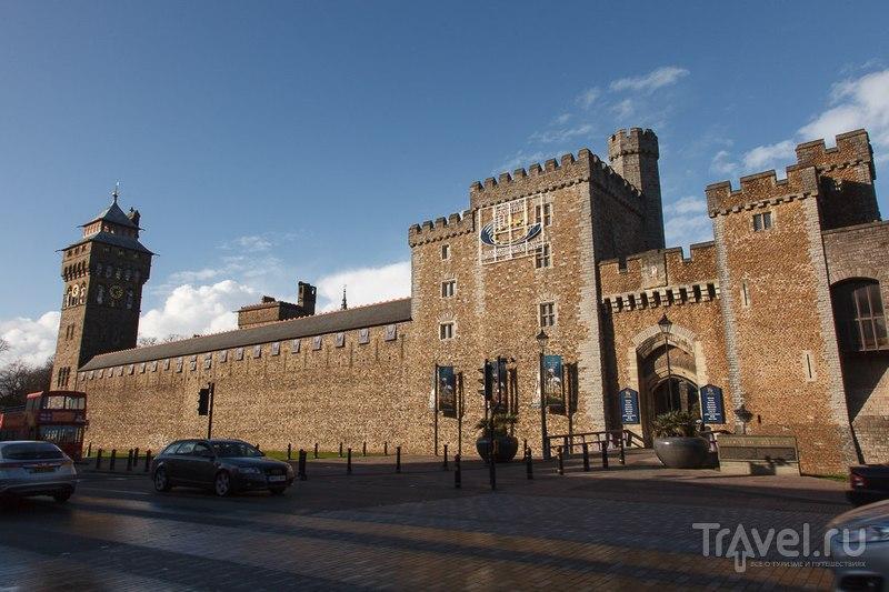 Замок Кардифф, Великобритания / Фото из Великобритании