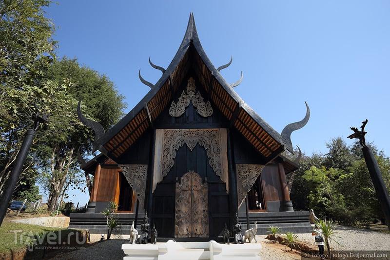 Черный храм (Baandam Museum), Таиланд.,Чианграй / Фото из Таиланда