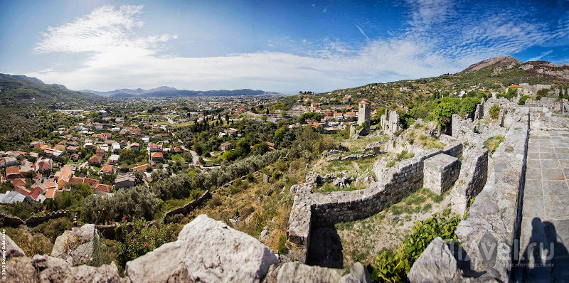 В городе Бар, Черногория / Фото из Черногории