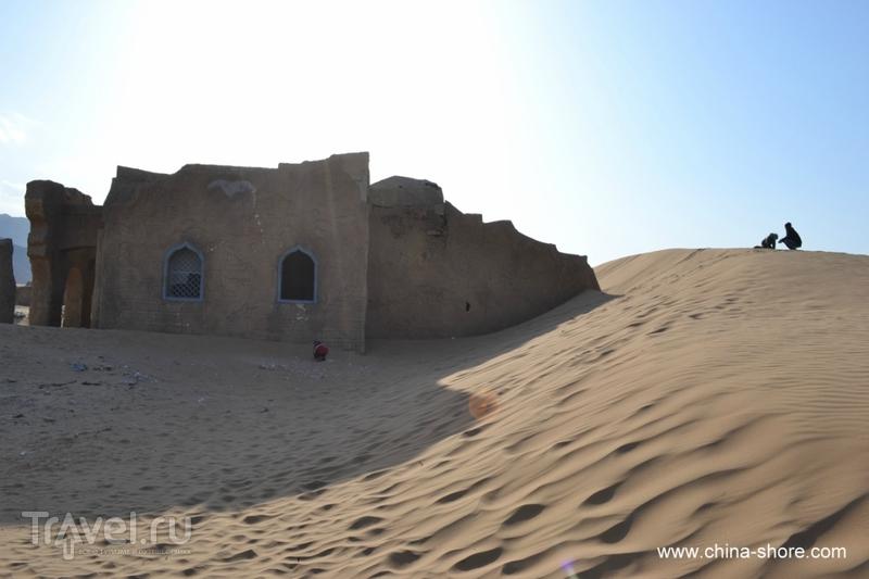 Пустыня Тяньмо / Китай