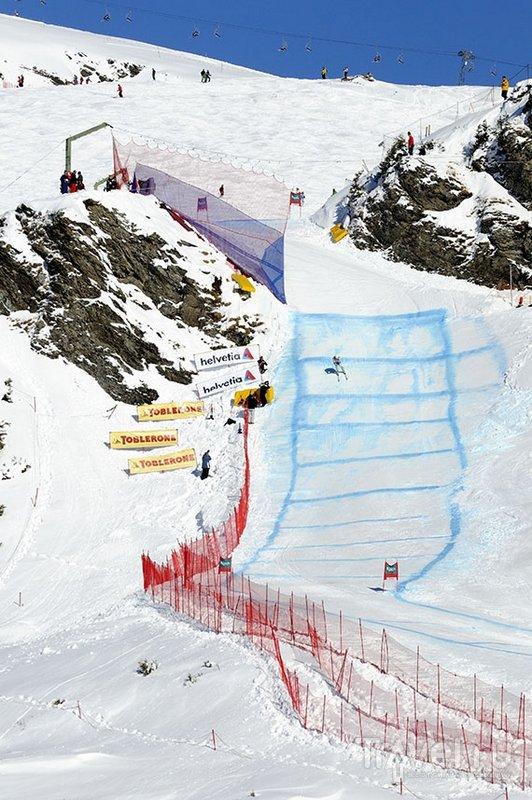 Соревнования на трассе Лауберхорн в Швейцарии считаются очень престижными / Швейцария