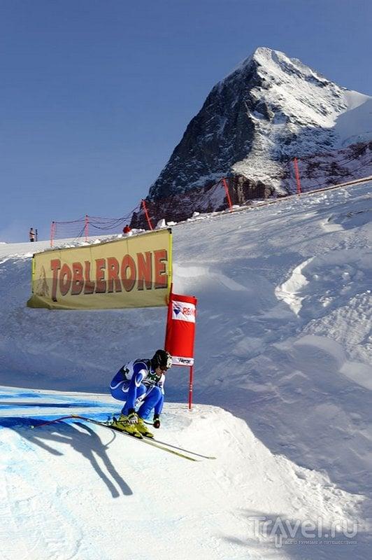 На горнолыжной трассе Лауберхорн спортсмены разгоняются почти до 160 километров в час / Швейцария