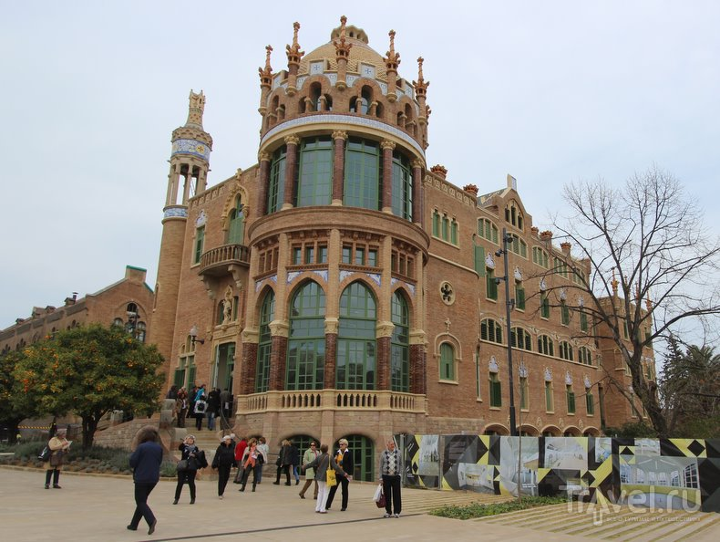 Госпиталь Сан-Пау в Барселоне: целительная сила модерна / Испания