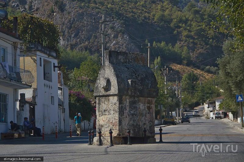 Красивейшая бухта Турции, город-призрак, ликийские гробницы и аэрофото / Фото из Турции