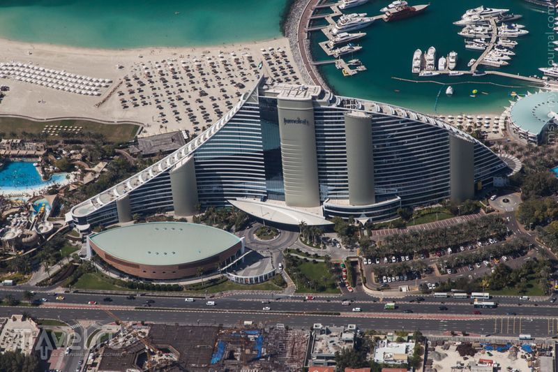 Гостиница Джумейра-Бич (Jumeirah Beach Hotel) в Дубае, ОАЭ / Фото из ОАЭ