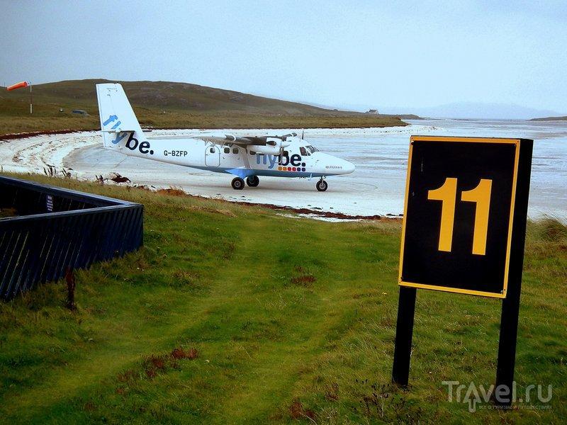 Перелет на остров Барра из Глазго обходится недорого - около 75 фунтов в одну сторону / Великобритания
