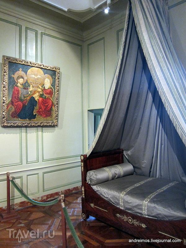 Спальня / Фото из Франции