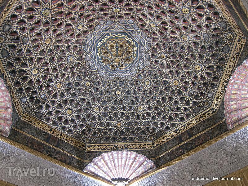 Потолок комнаты / Фото из Франции