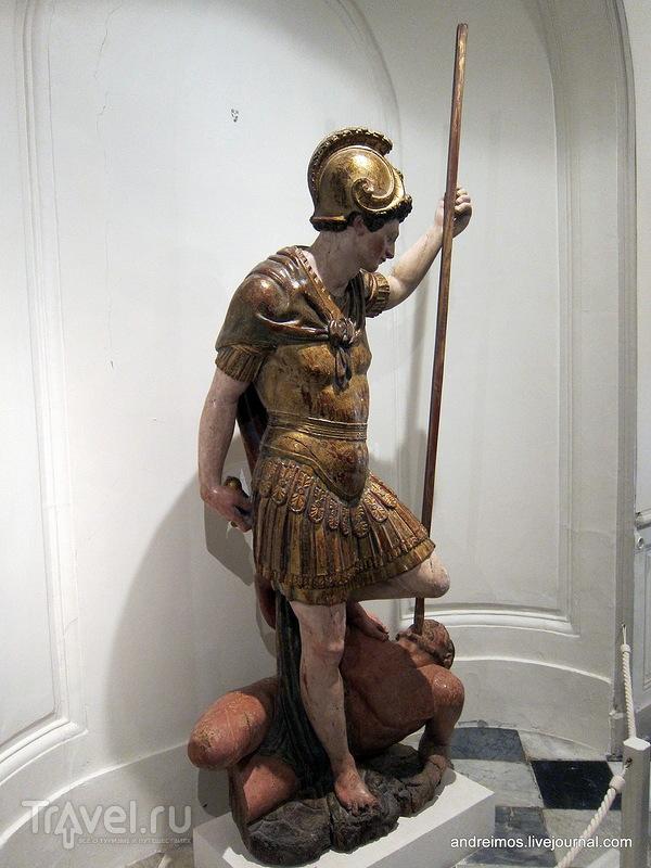 Cкульптура / Фото из Франции