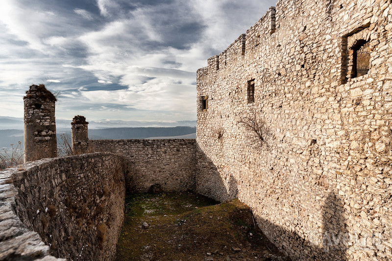Спишский град: живописные руины. Словакия / Фото из Словакии