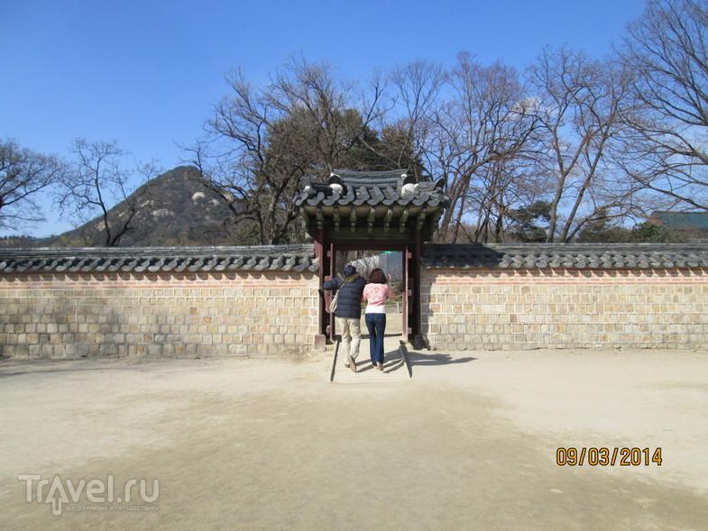 Сеул. Музей тюрьмы Содэмун. Дворец Кёнбоккун / Южная Корея