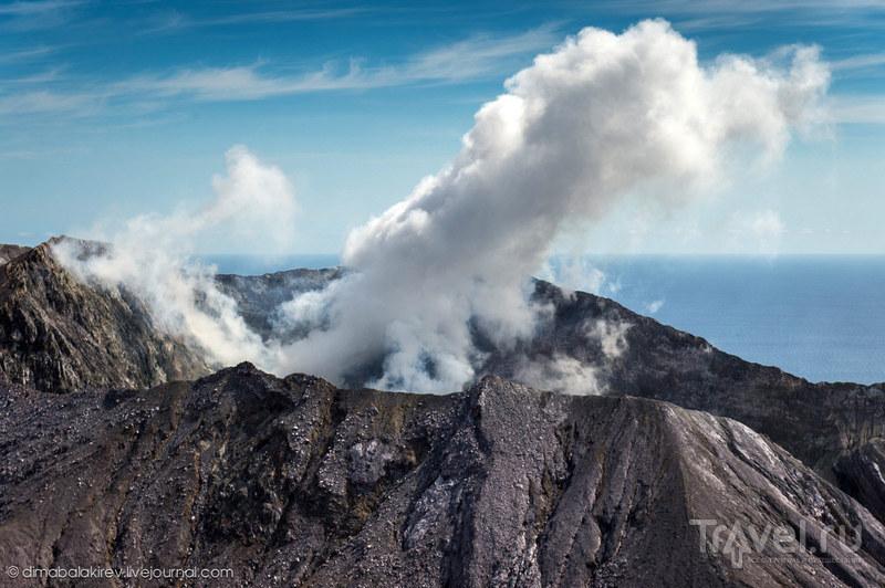 Уайт-Айленд - активный вулканический остров Новой Зеландии / Фото из Новой Зеландии