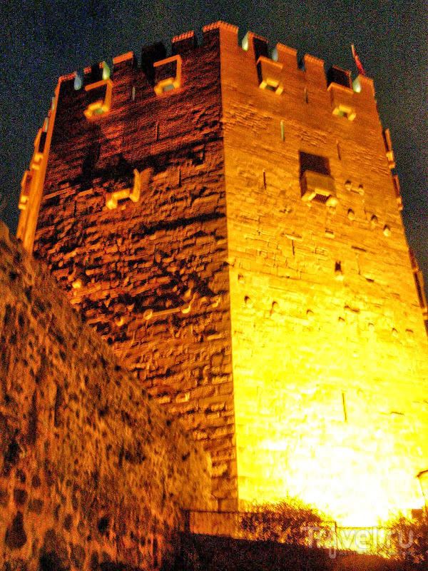 Турция. Аланья. Красная башня / Турция