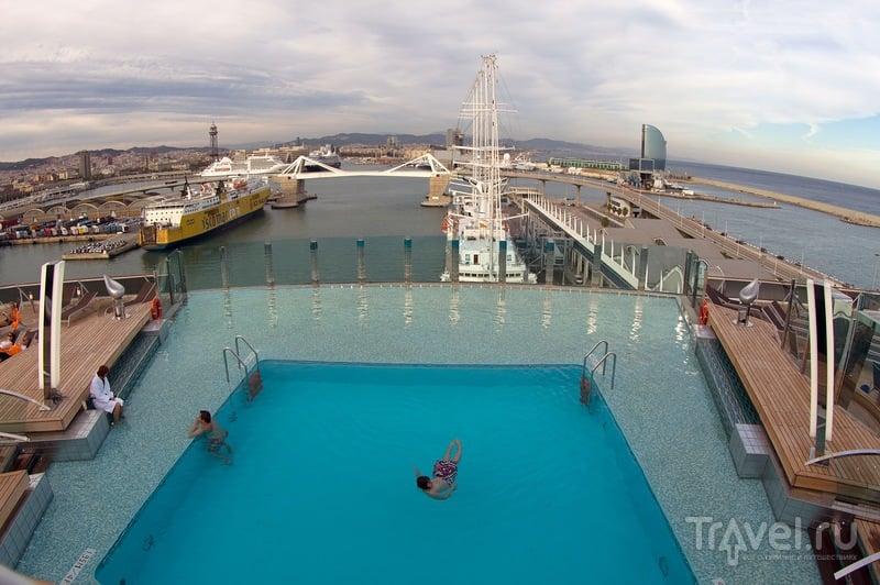 Круизный лайнер MSC Preziosa в порту / Фото из Франции