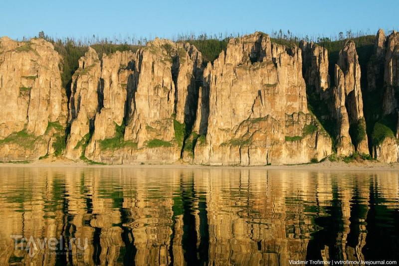 Золото на голубом. Ленские столбы. Якутия / Фото из России