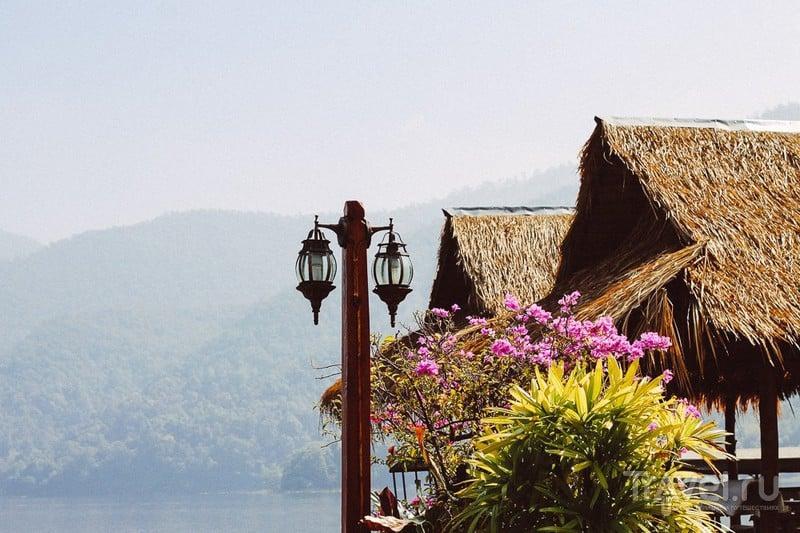 Chiangmai, Thailand. Mae Ngat Somboon Chon lake / Фото из Таиланда