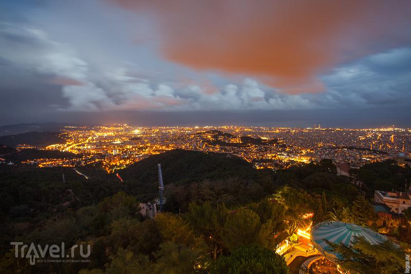 Вид на город с барселонской рублевки / Испания