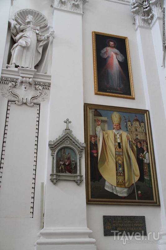 Костёл Святых Апостолов Петра и Павла в Вильнюсе / Литва
