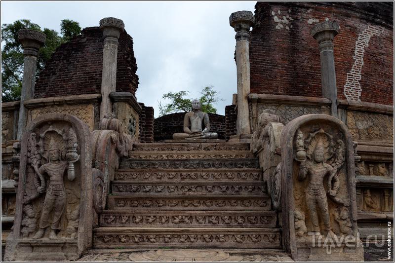 Неорганические развалины / Шри-Ланка