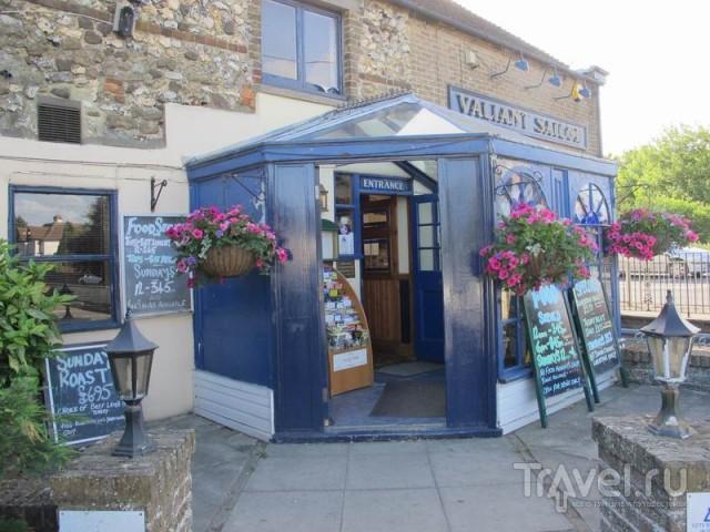 """Паб """"Valiant Sailor"""" в деревне Capel-le-Ferne / Великобритания"""