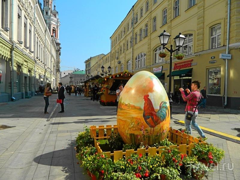 Москва. Никольская улица / Россия