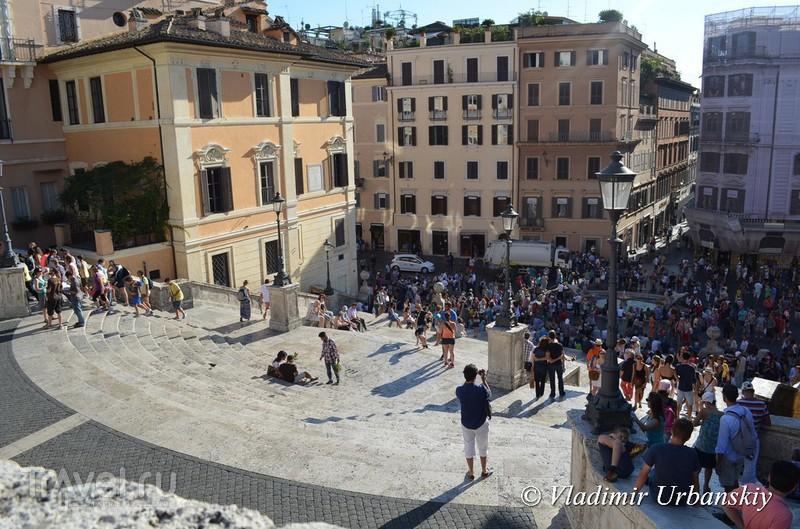 В чем секрет популярности Испанской лестницы в Риме / Италия