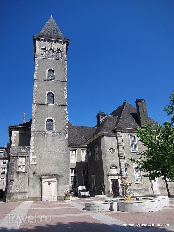 Парламент Наварры (Parlement de Navarre) / Фото из Франции