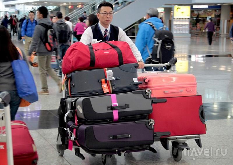 Несколько слов о международном аэропорте Гонконга / Гонконг - Сянган (КНР)