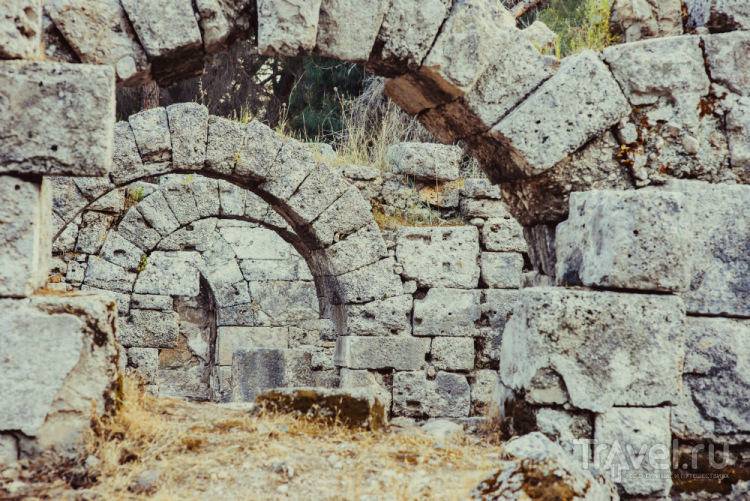 Фаселис: тропинка в эллинистический мир / Турция