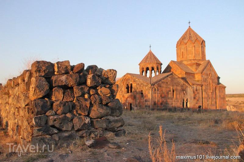 Сагмосаванк и Ованаванк - монастыри над пропастью / Армения