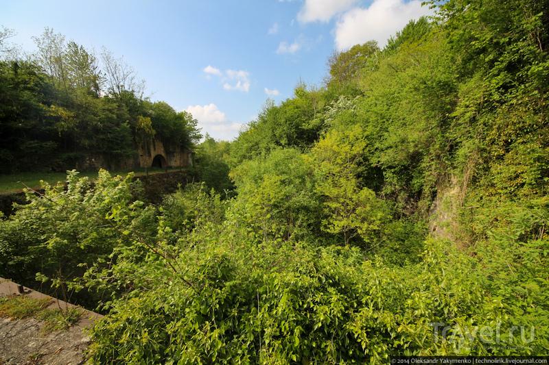 Затерянный во французских джунглях форт Женикур / Франция