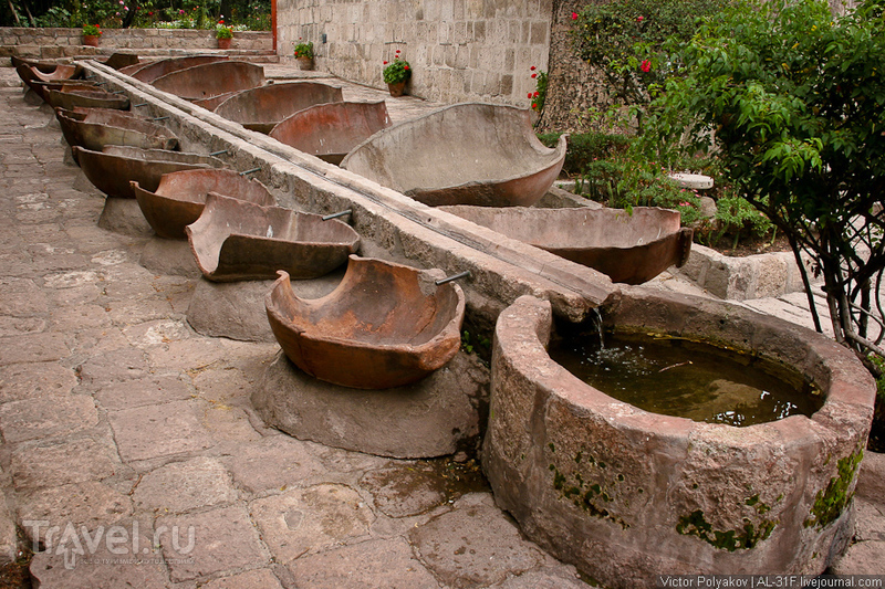 Арекипа - белый город среди вулканов / Перу